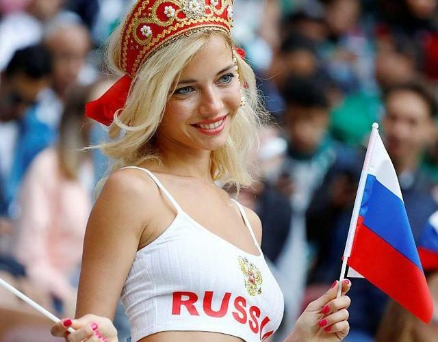 世界杯最美女球迷,性感火辣的身材被赞最美女神 其身份却是…
